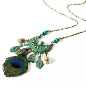 Jewelry - Boho Medallion Feather Necklace